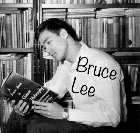 Bruce Lee Reads